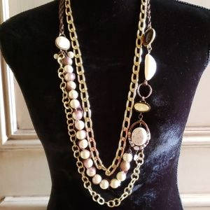NWOT Chico's gold/ bronze/ pearl necklace